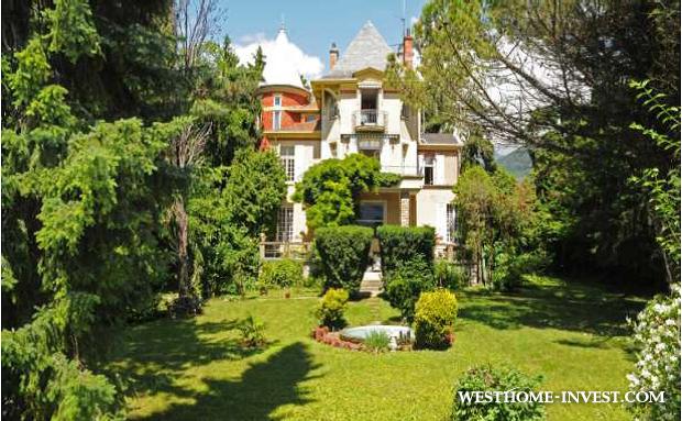 Вилла в престижной резиденции на берегу озера ближе к Монтре