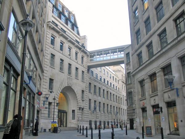 Лондонская школа экономических и политических наук